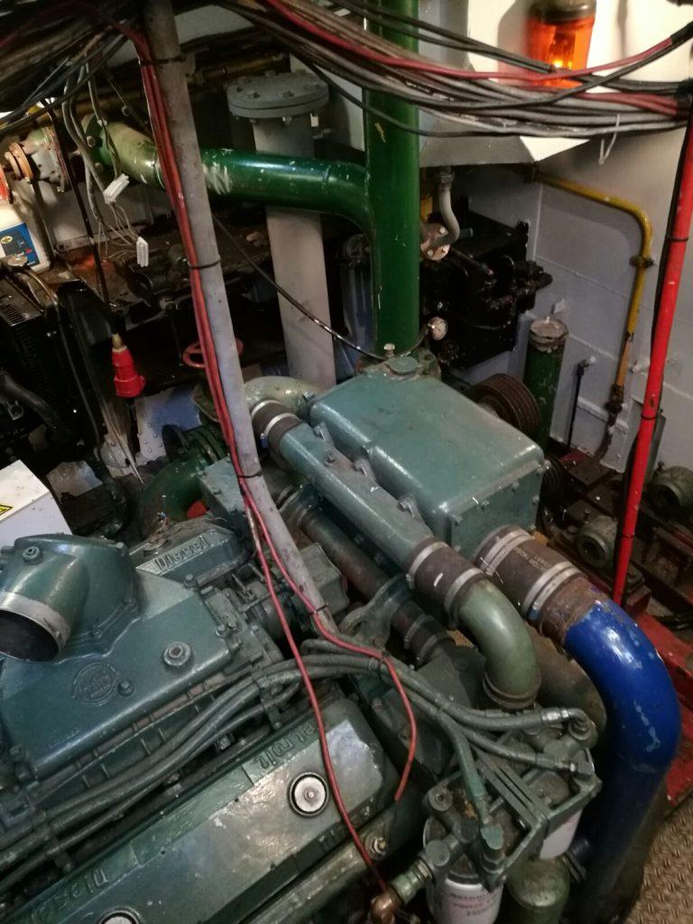 15562 Dutch Tug 16M | MDHBV